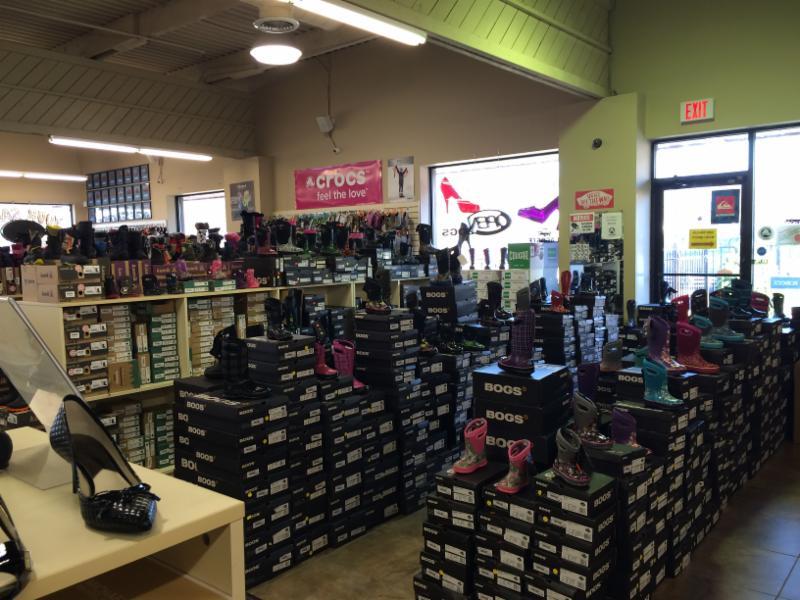 Factory Shoe Outlet Burlington Reviews