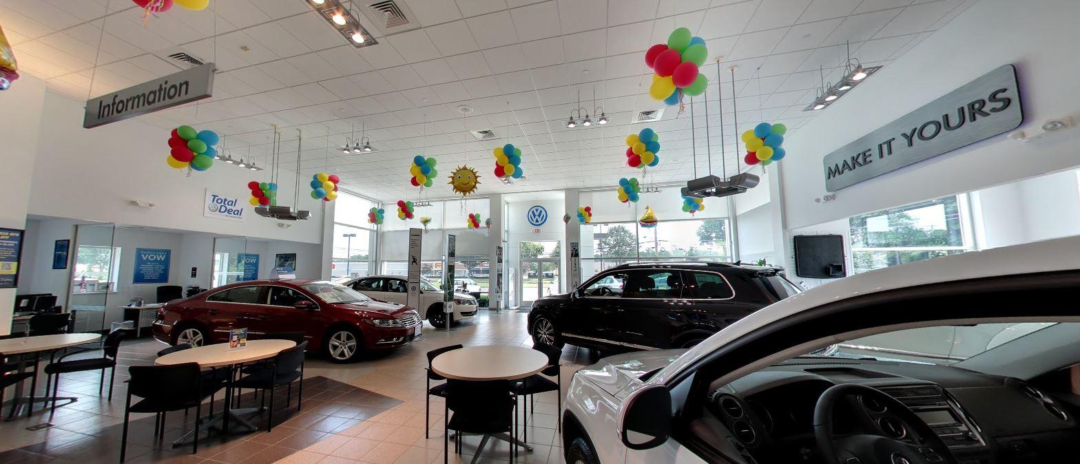 Dch freehold nissan freehold nj 07728 car dealership for Honda of freehold service