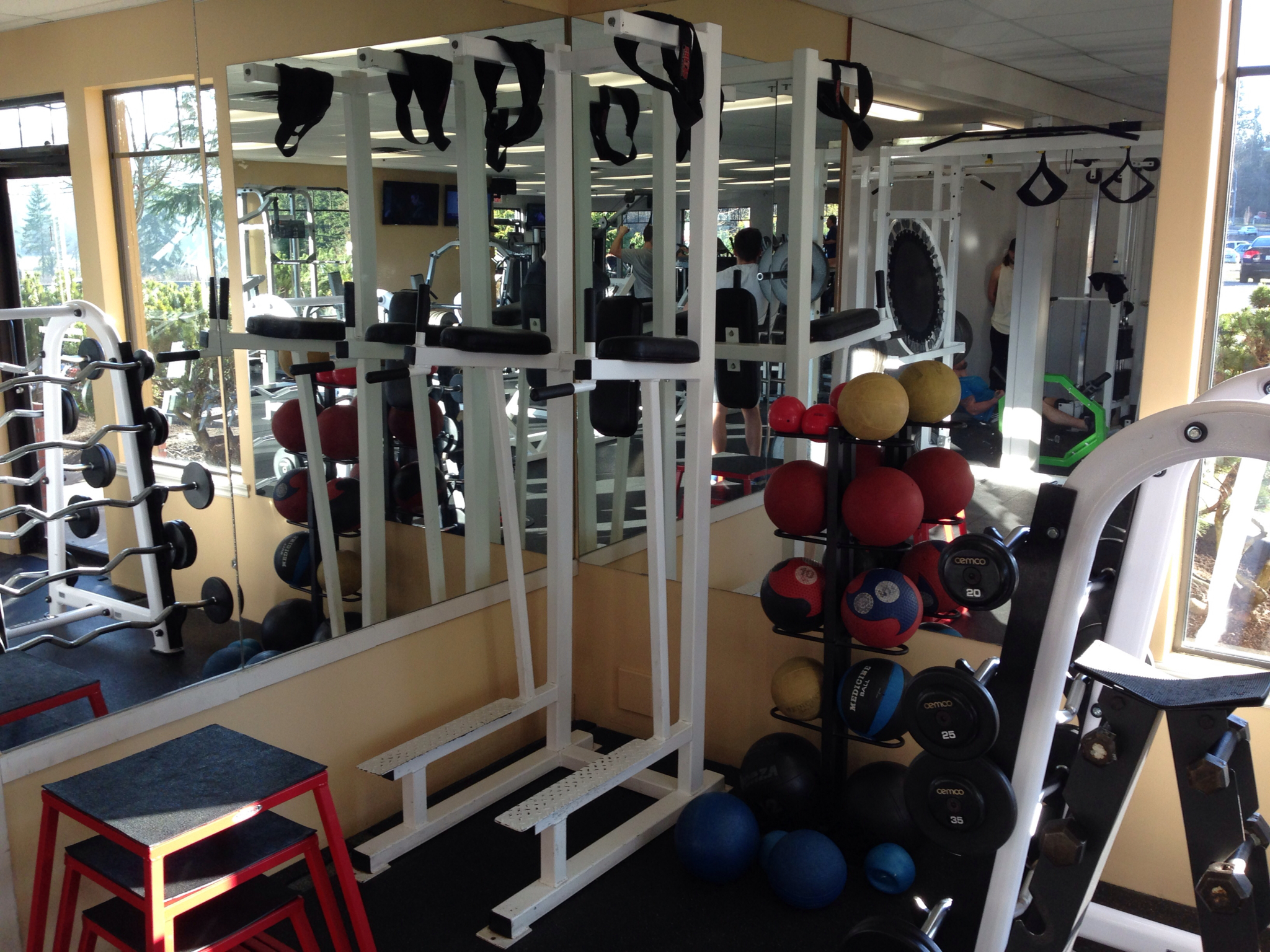 Valley Health & Fitness Cobble Hill (250)743-0511