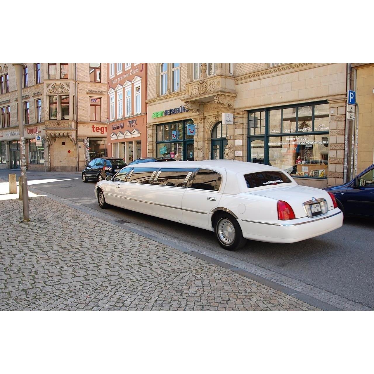 No Limit Limousine