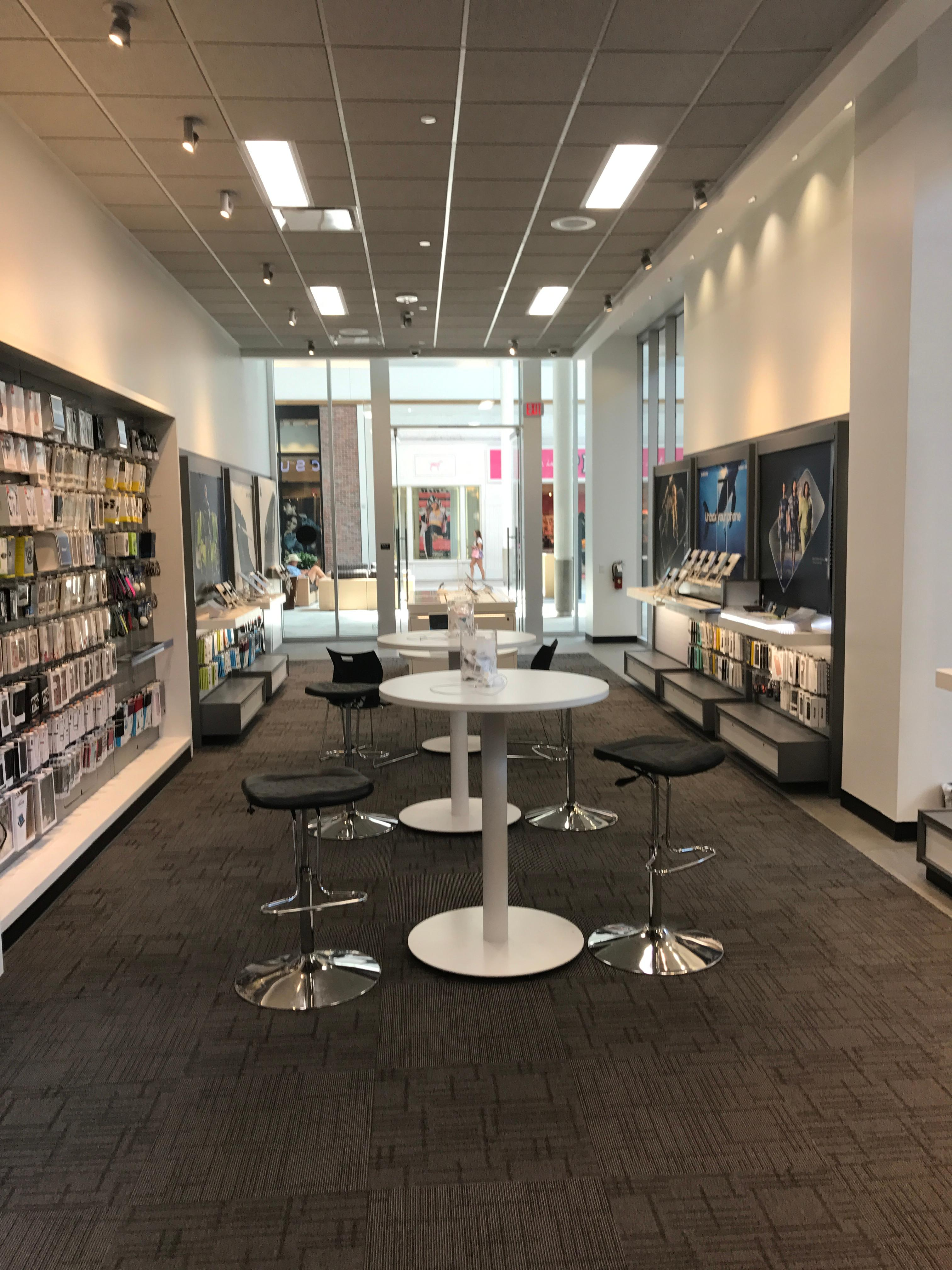 Visit your AT&T Westfield Galleria at Roseville location and find the latest cell phones, smartphones, and devices including AT&T Internet & DIRECTV buzz24.gaon: Galleria Blvd Suite , Roseville, , CA.