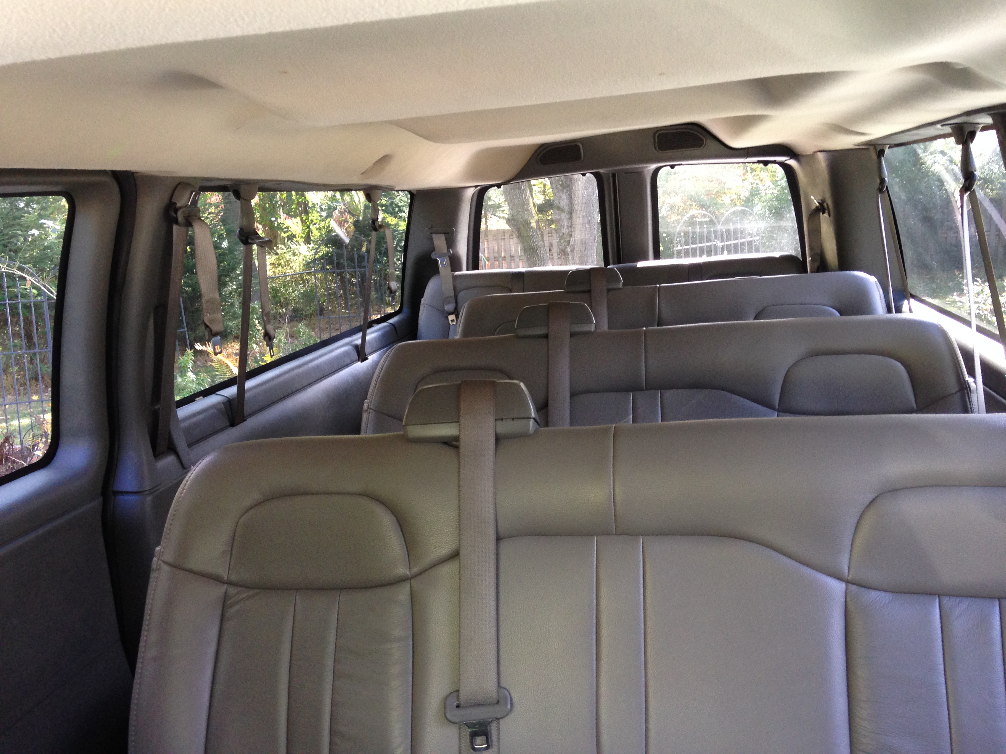 A & B Limo and Car Service LLC
