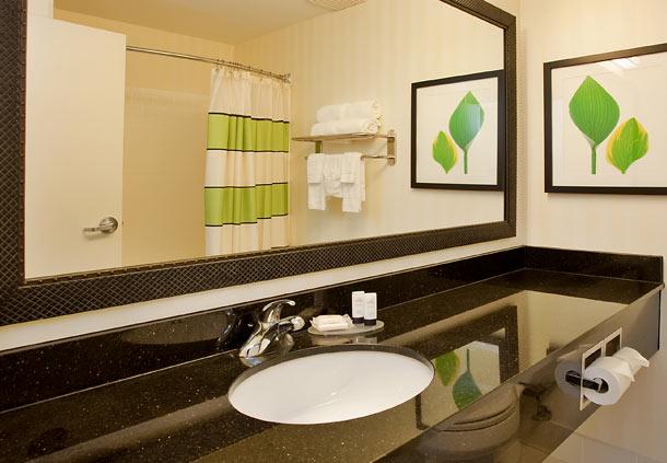 Fairfield Inn & Suites by Marriott Houston I-45 North image 6