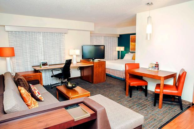 Images Residence Inn by Marriott Louisville Airport