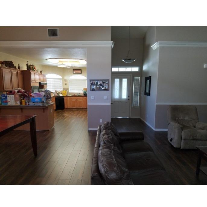 Bakers Flooring - Hanford, CA - Tile Contractors & Shops