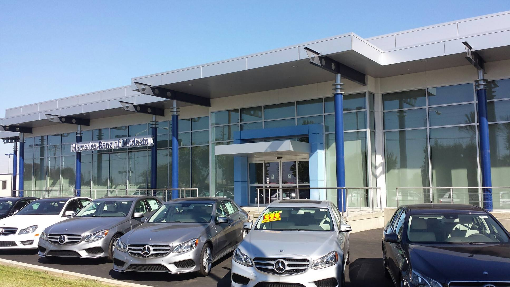 Mercedes benz of modesto in modesto ca 95356 for Plaza mercedes benz service