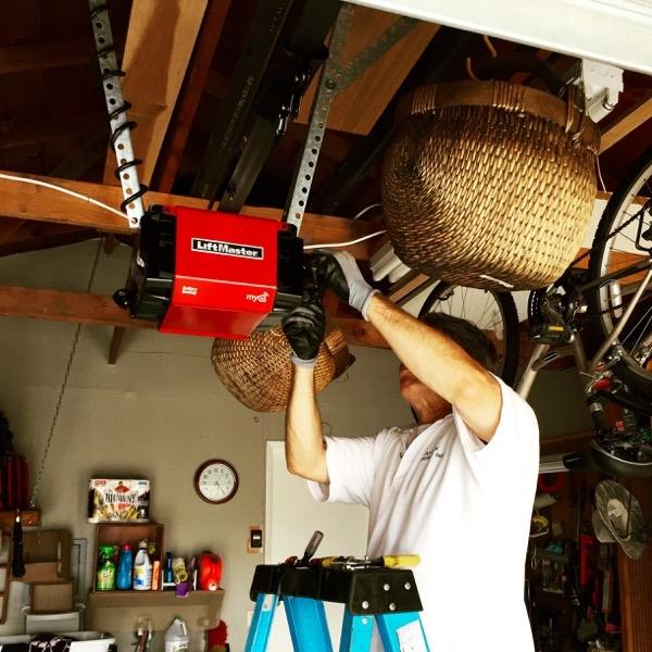 Aaron overhead doors san jose california ca for Aaron garage door repair