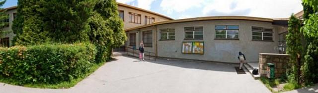 Základní škola, Praha 10, Brigádníků