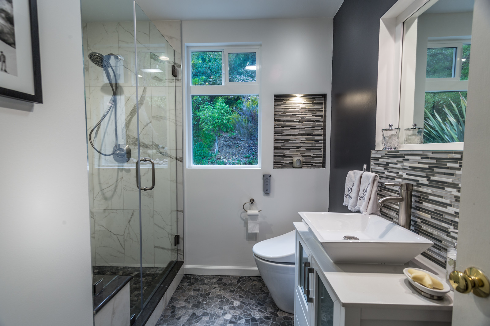 New Look Home Remodeling Woodland Hills California Ca