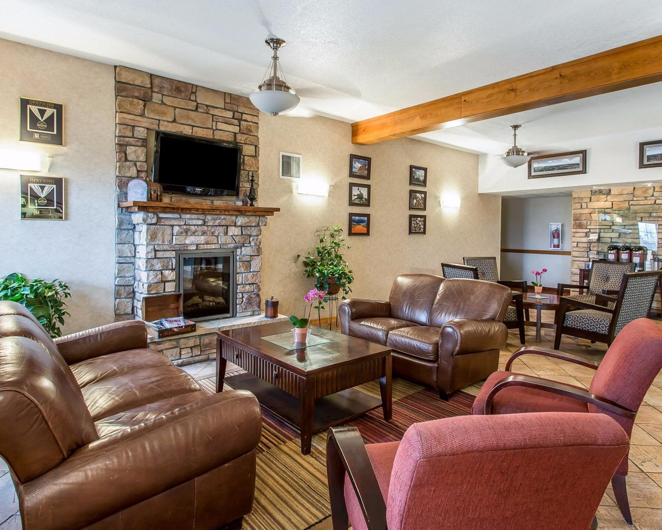 quality inn suites university in laramie wy 82070. Black Bedroom Furniture Sets. Home Design Ideas