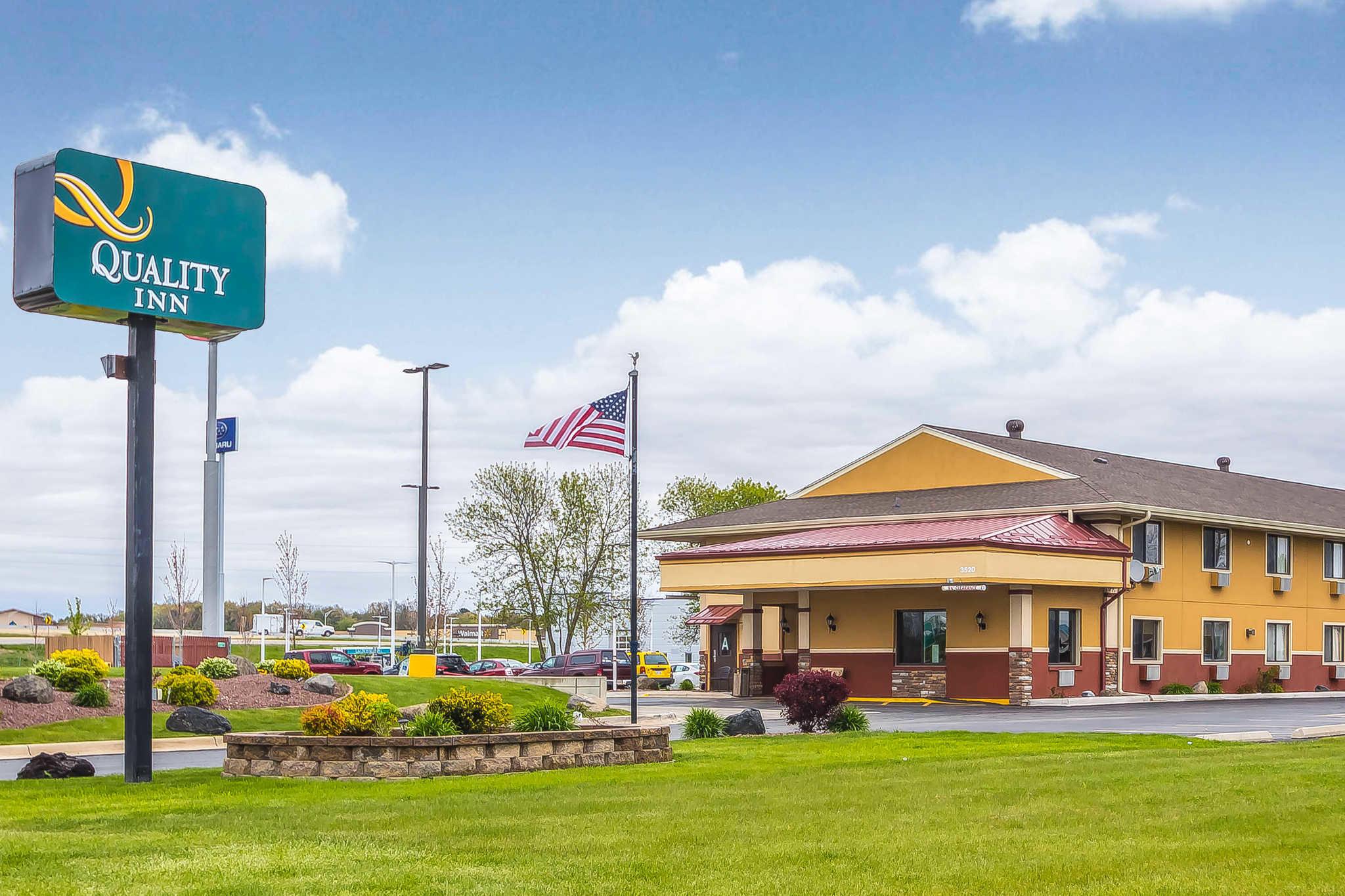 Motels Near Janesville Wi