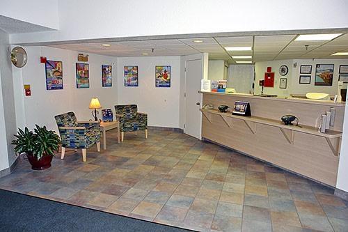 Motel 6 Buffalo - Amherst image 4