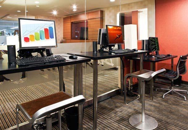 Center City Philadelphia Hotel - Residence Inn by Marriott Philadelphia Center City - Complimentary Business Center