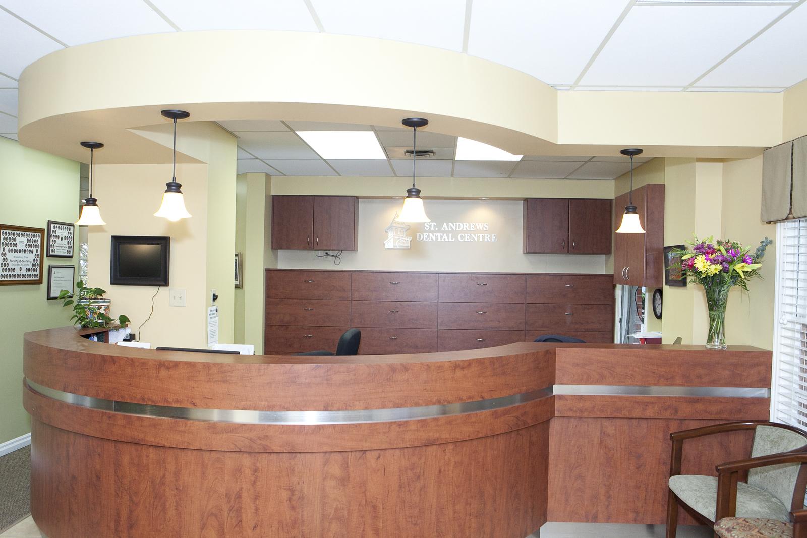 St Andrew's Dental Centre in Aurora
