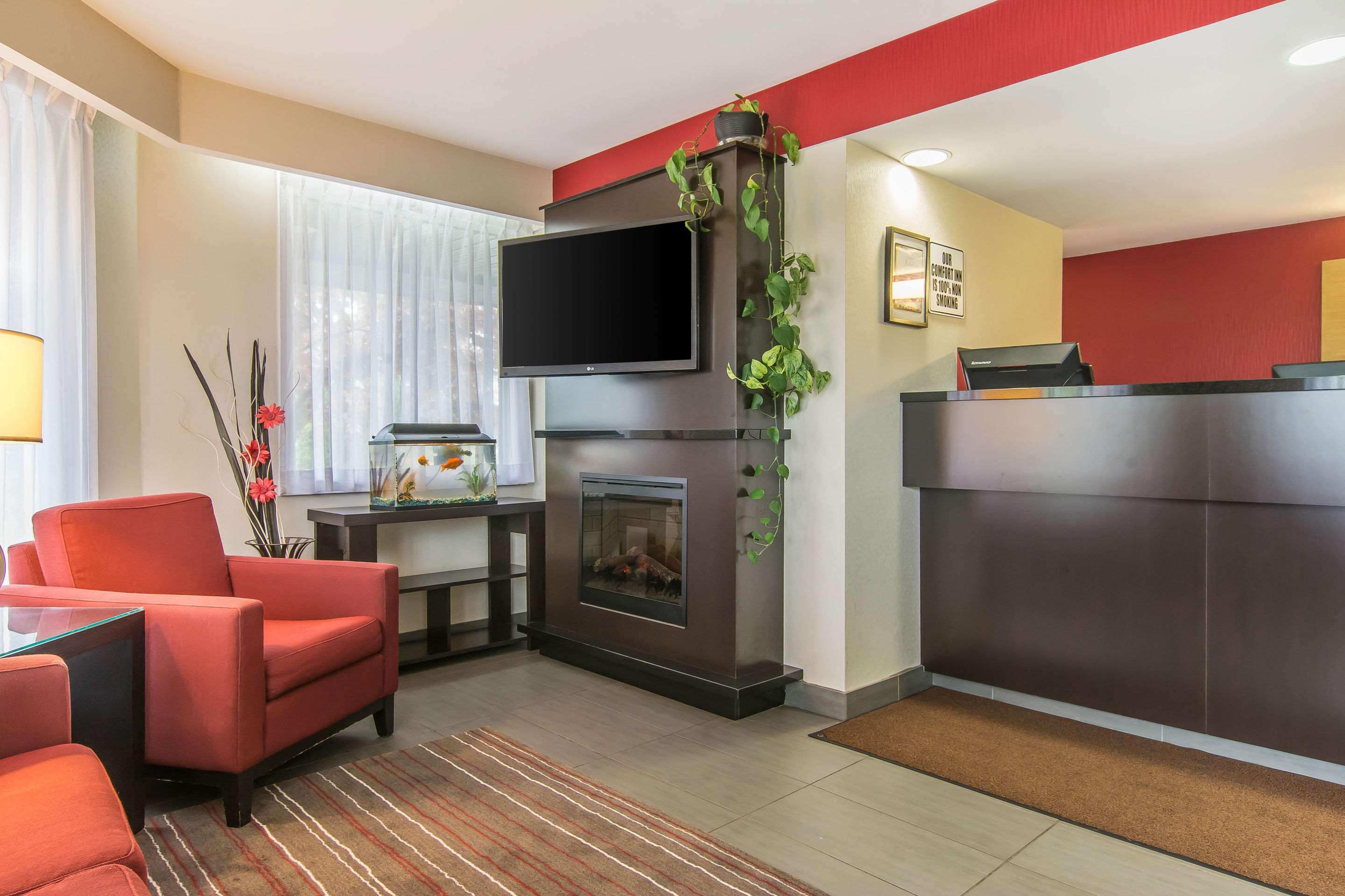 Comfort Inn Magnetic Hill in Moncton: Hotel lobby