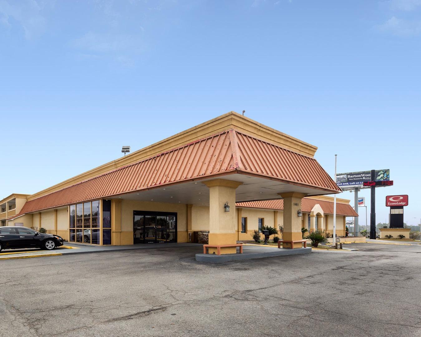 Hotels Near Lake Conroe Texas