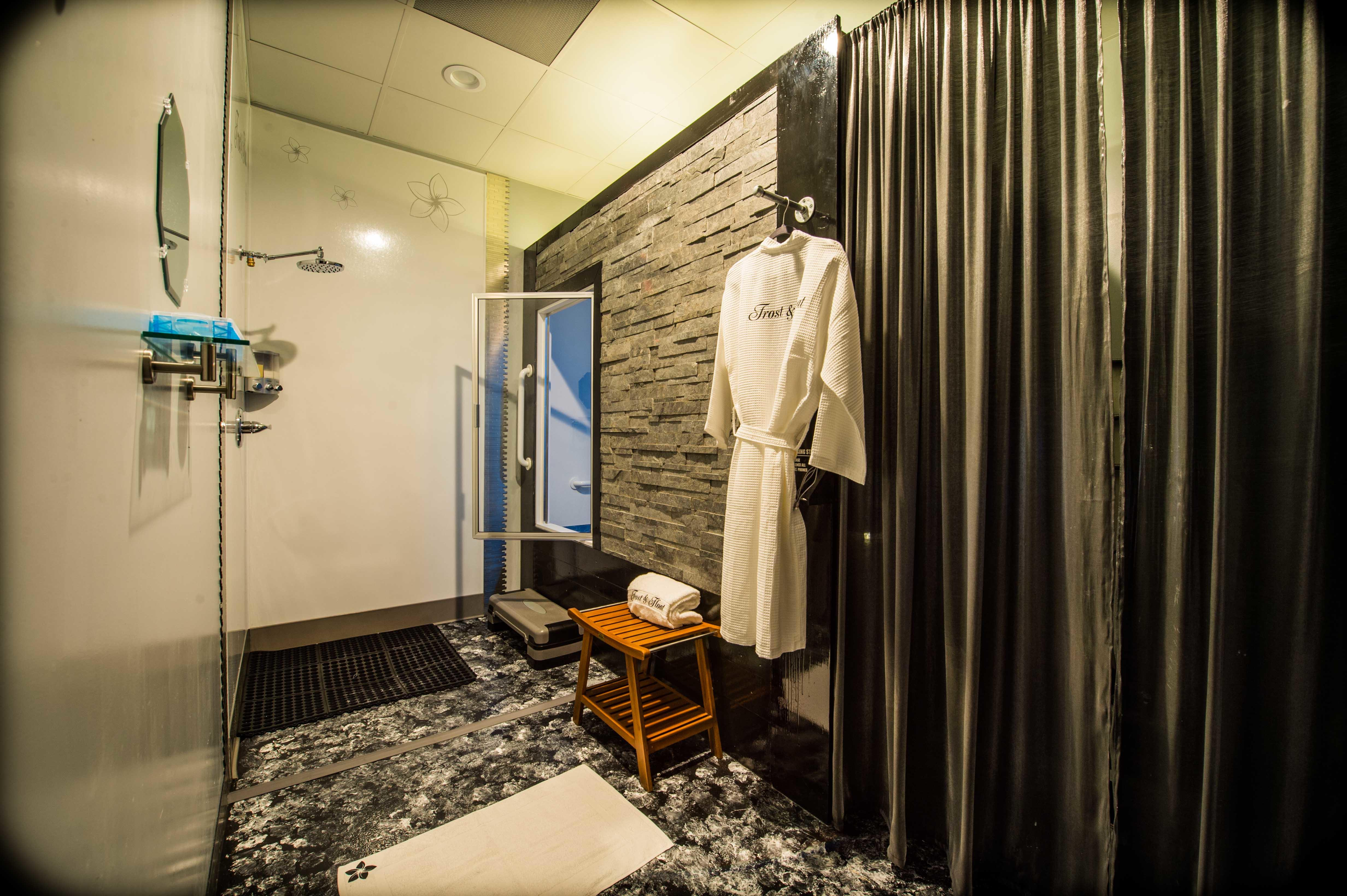 Frost Float Athletic Recovery Wellness Spa, Murrieta-5310