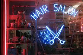 Thomas' a Salon For Hair