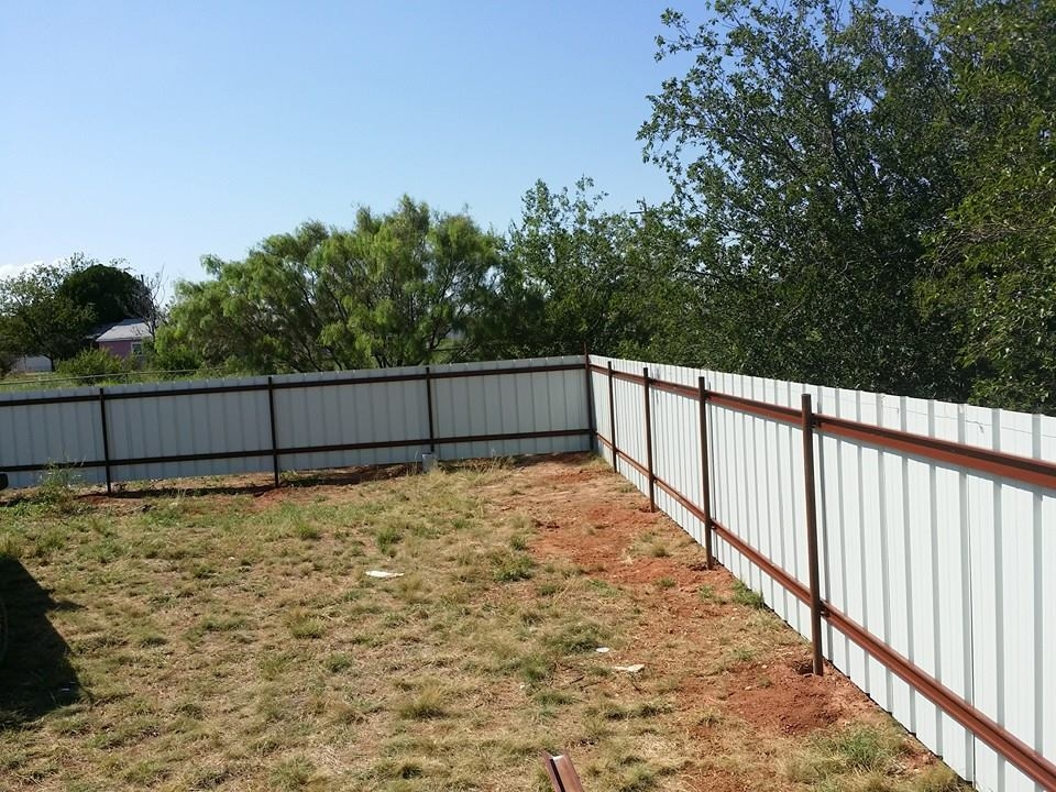 Whitaker Lawn Care and Fencing LLC