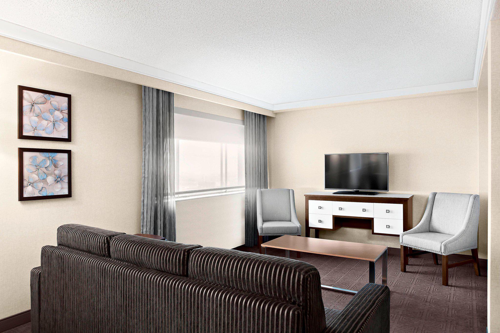 Sheraton Laval Hotel à Laval