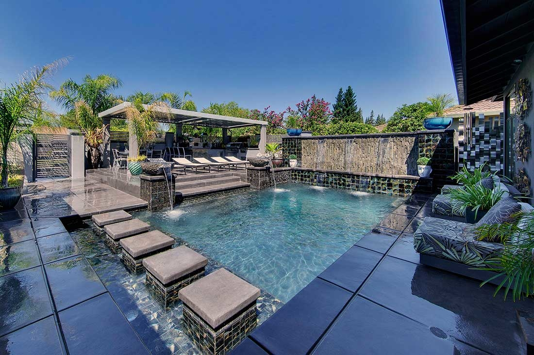 Premier pools and spas in hollywood ca 90046 for Premier pools