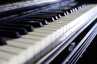 Verweij Piano- & Keyboardlessen G A C
