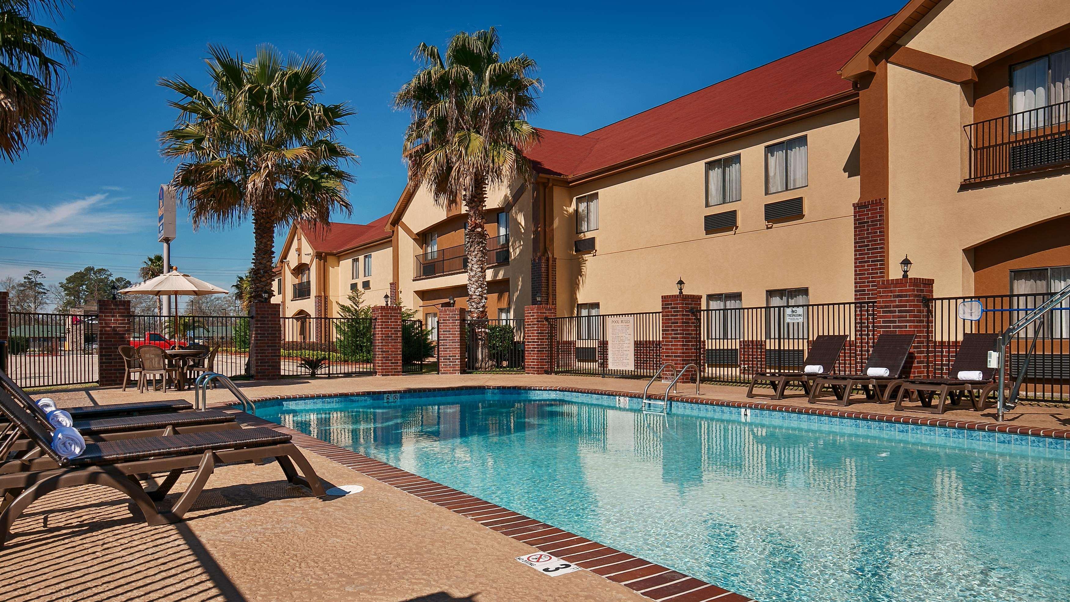 best western bayou inn suites lake charles louisiana. Black Bedroom Furniture Sets. Home Design Ideas