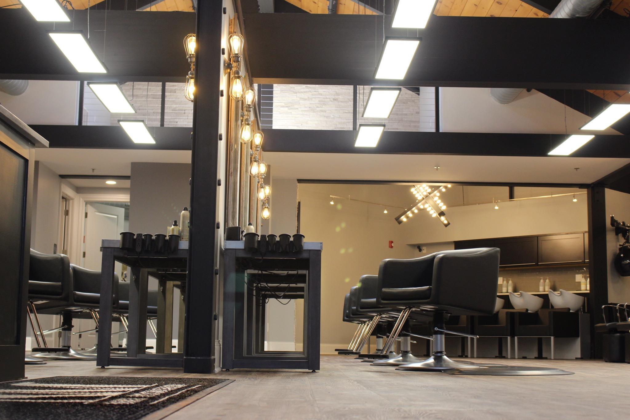 Niki Moon Salon Spa Naperville Il