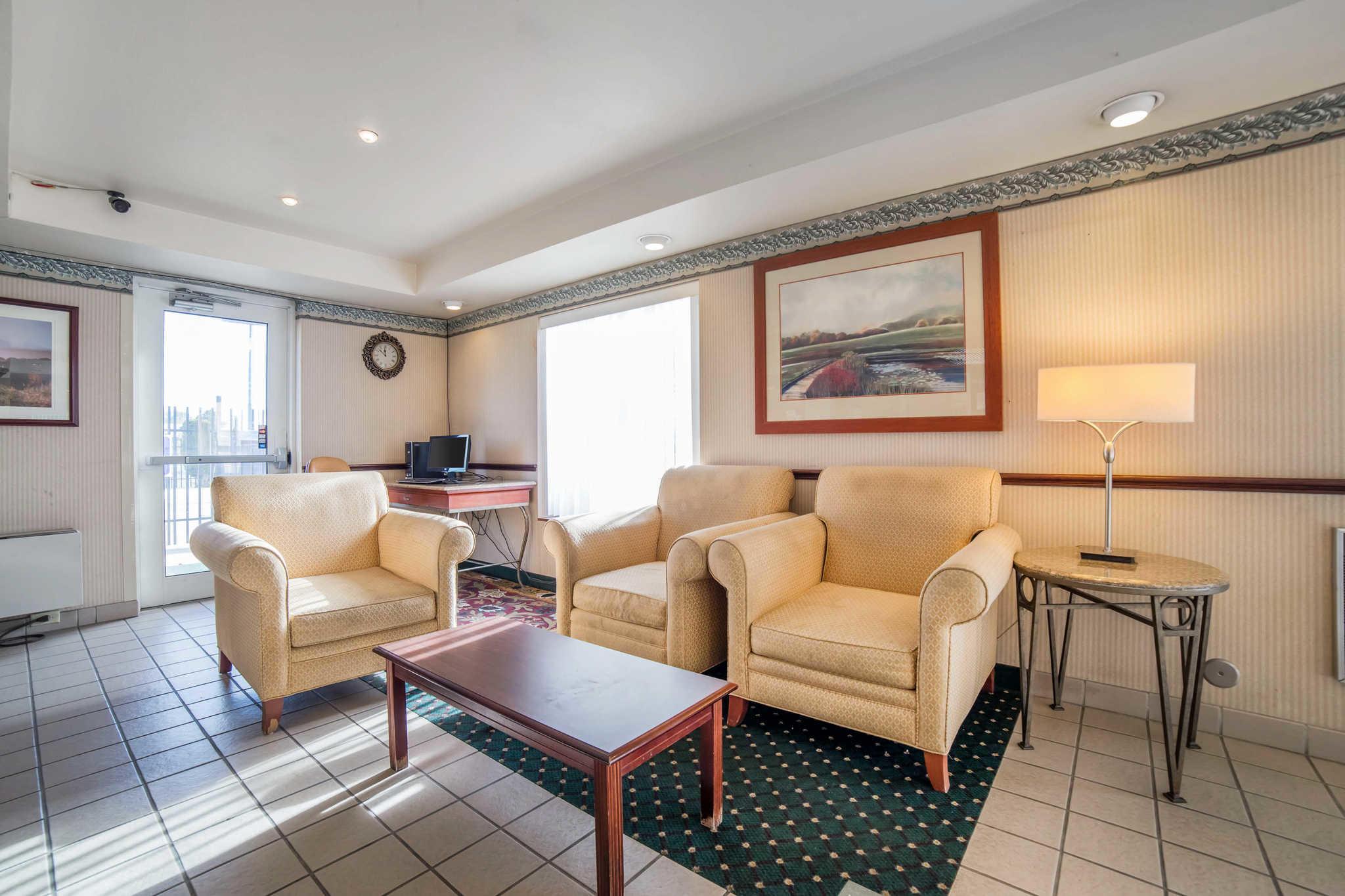 Nampa Inn Suites Hotel