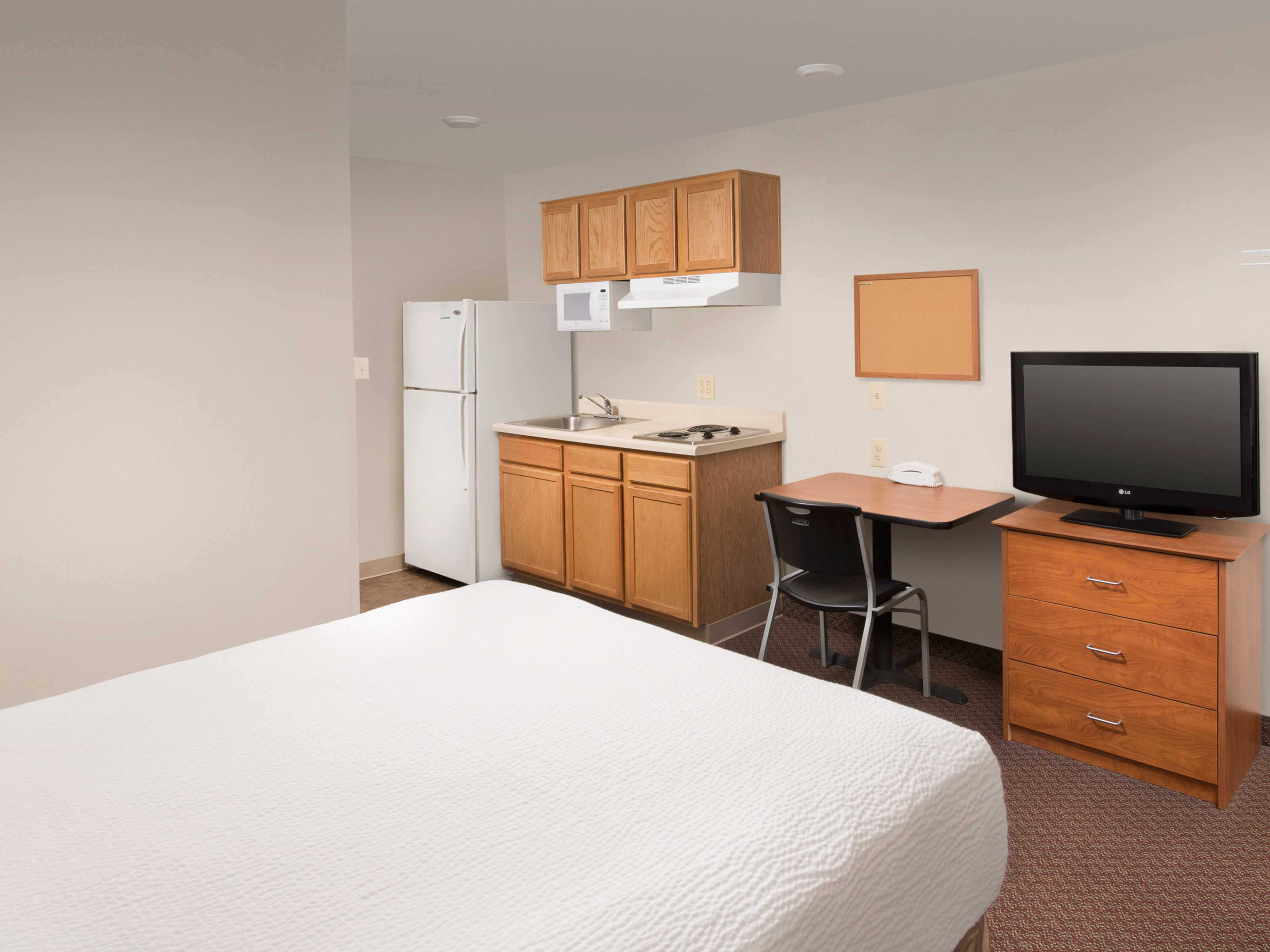 WoodSpring Suites Gainesville
