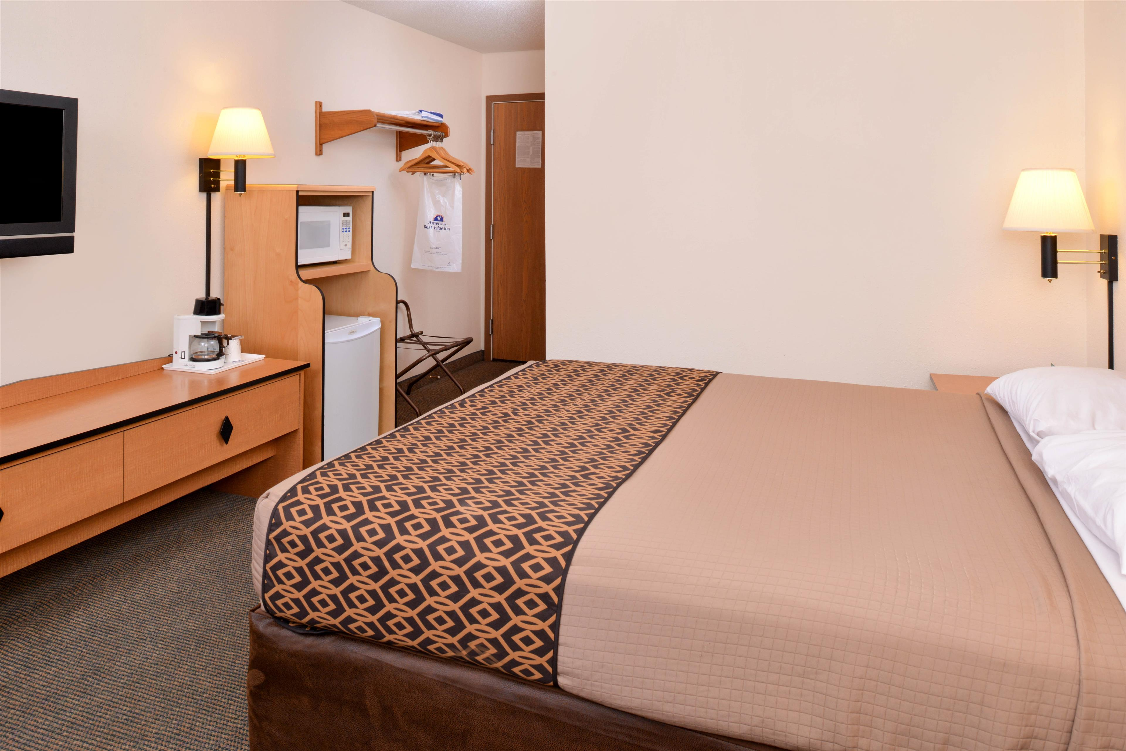 Americas best value inn suites atlantic coupons near for Hotels 8 near me