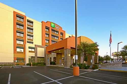 Hotels Near Mills Mall Tempe Az