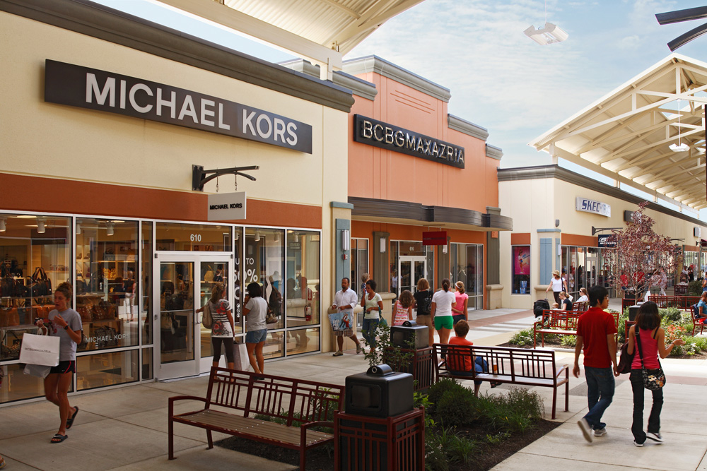Find an exciting collection of outlet stores from top designers and name brands at Cincinnati Premium Outlets® including Coach, kate spade new york, Michael Kors, Polo Ralph Lauren, Saks Fifth Avenue Off 5th, and Under trueiupnbp.gqon: Premium Outlets Dr, Monroe, , OH.