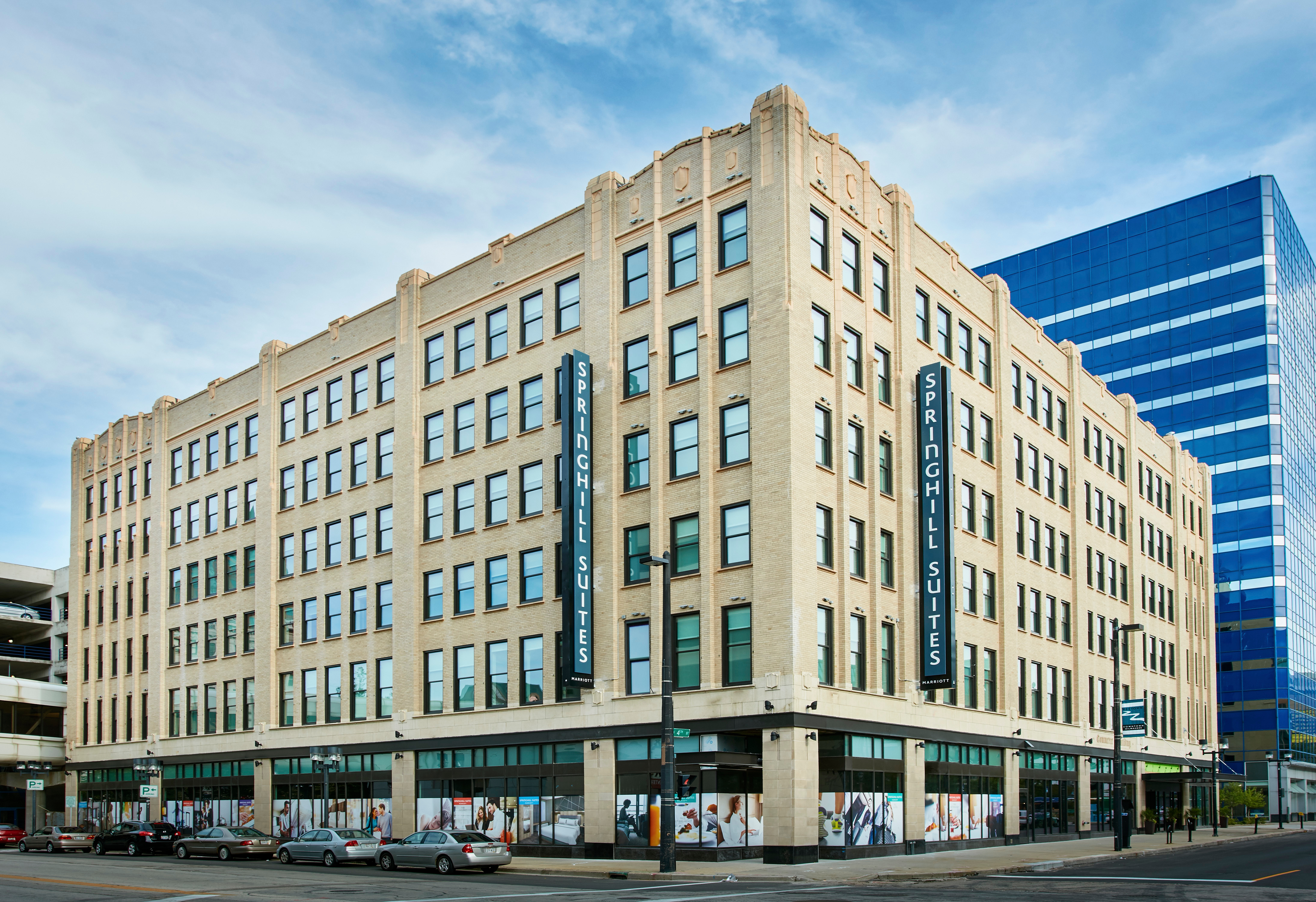 Downtown Milwaukee Hotels With Free Parking