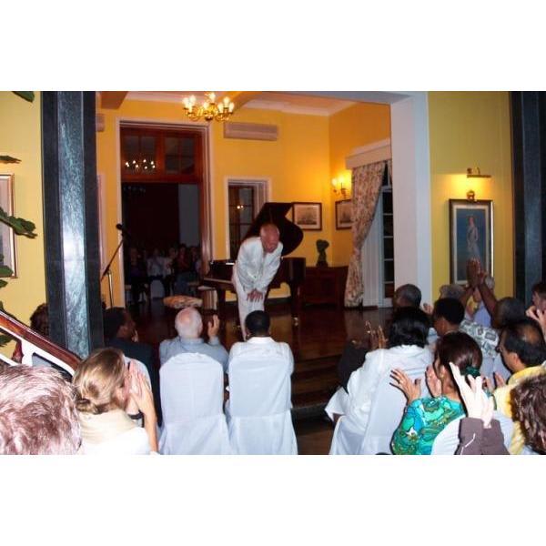 Phillip Dyson International Concert Pianist