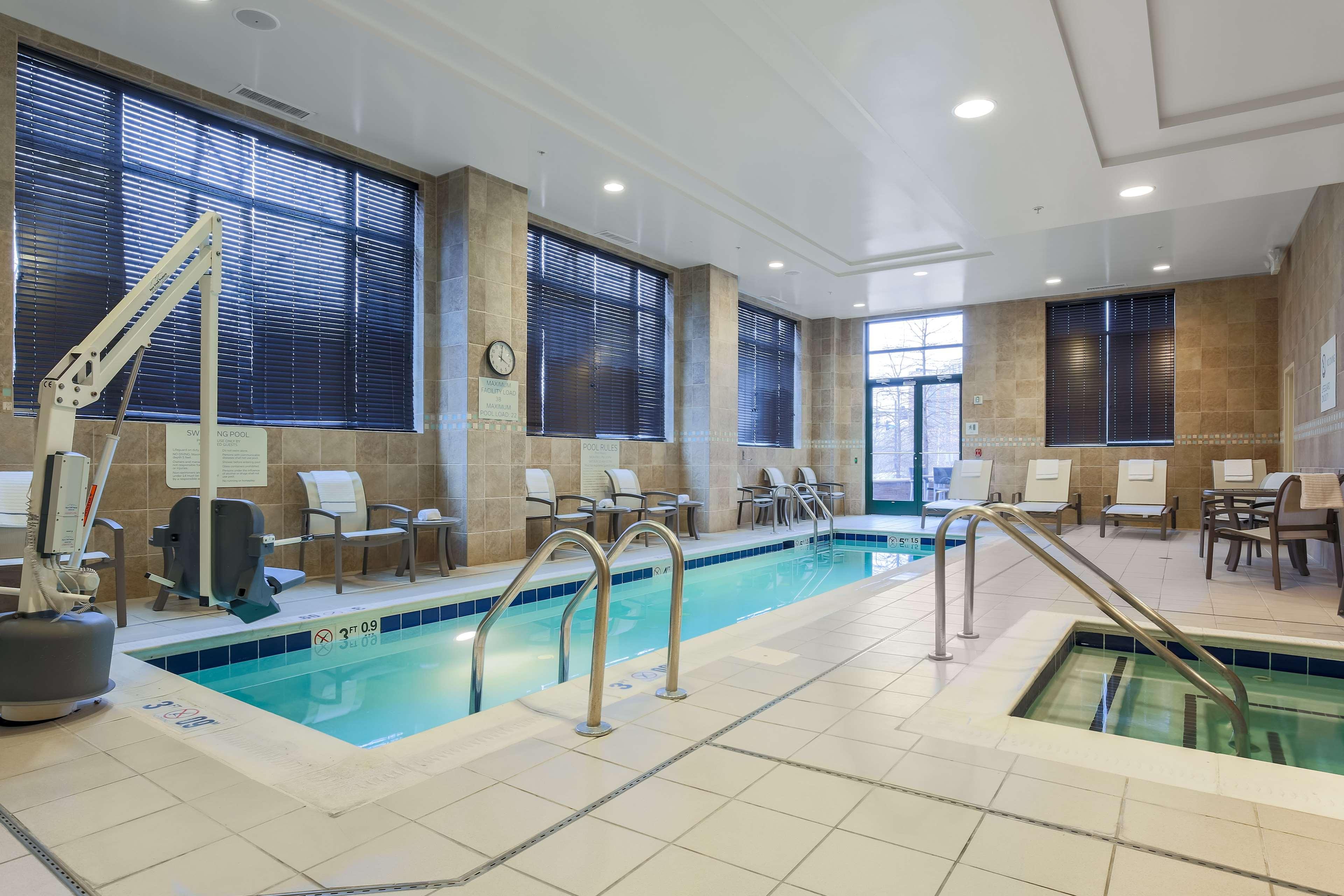 Hilton garden inn arlington shirlington arlington - Hilton garden inn crystal city va ...