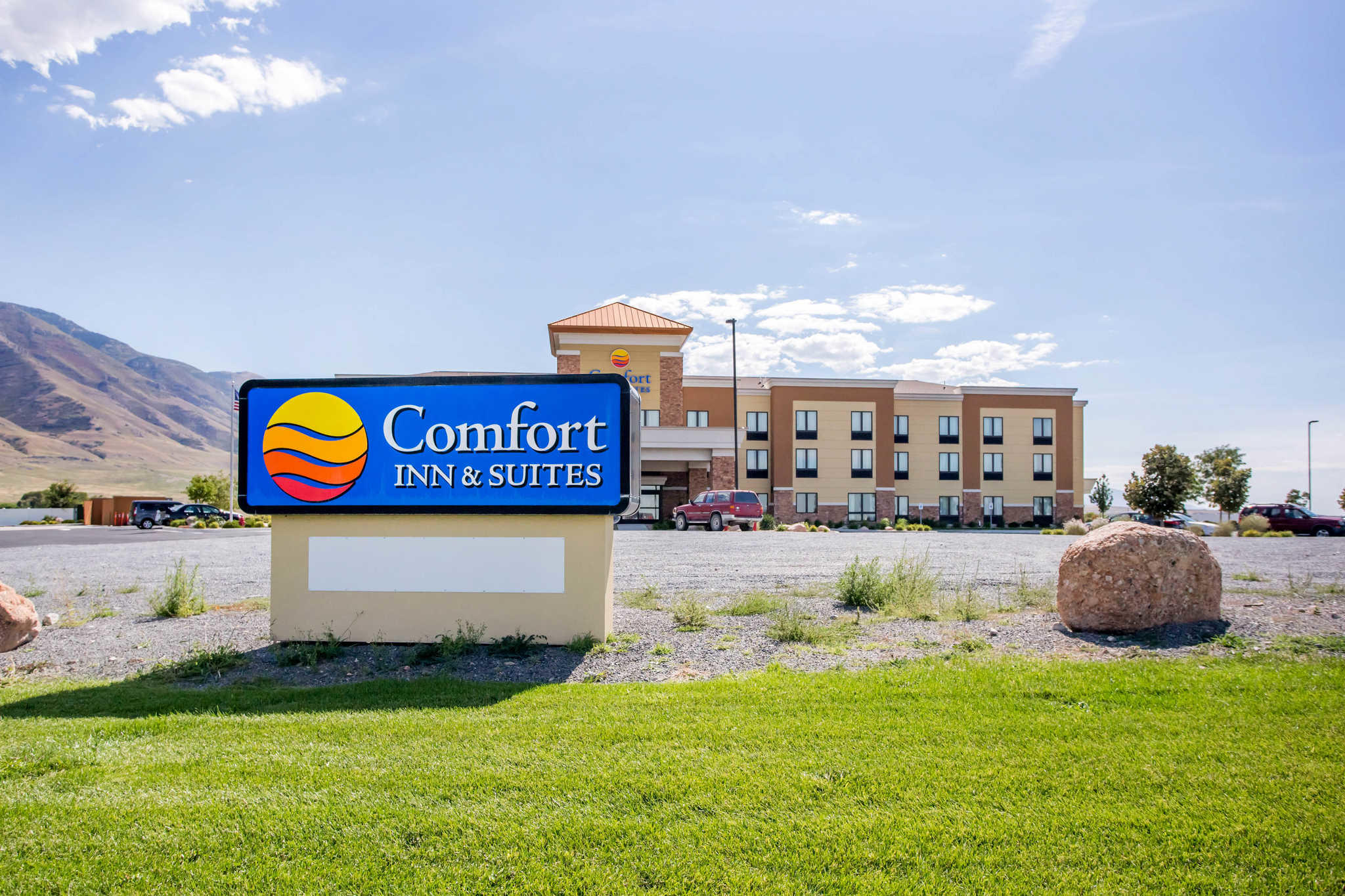 Comfort inn suites coupons tooele ut near me 8coupons for Hotels 8 near me
