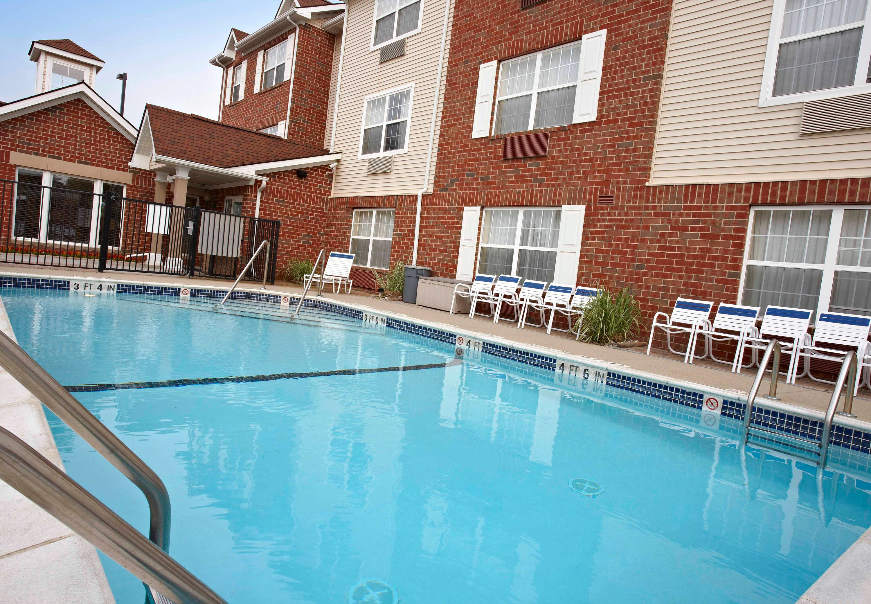 Hotels Near Lakeside Mall Sterling Heights Michigan
