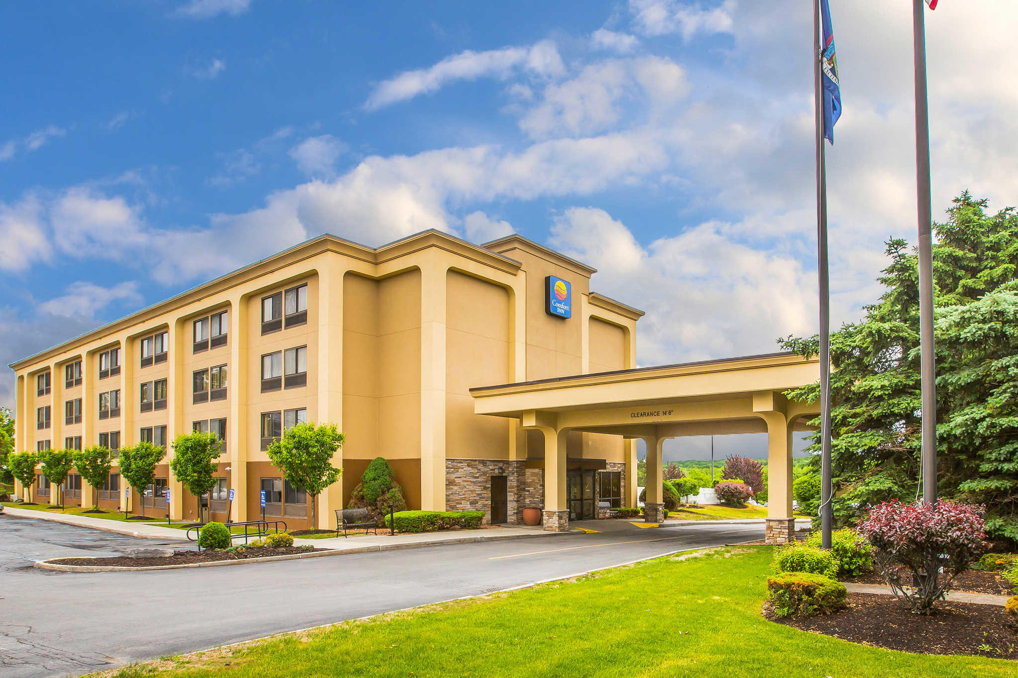 Hotels Near St Rose College Albany
