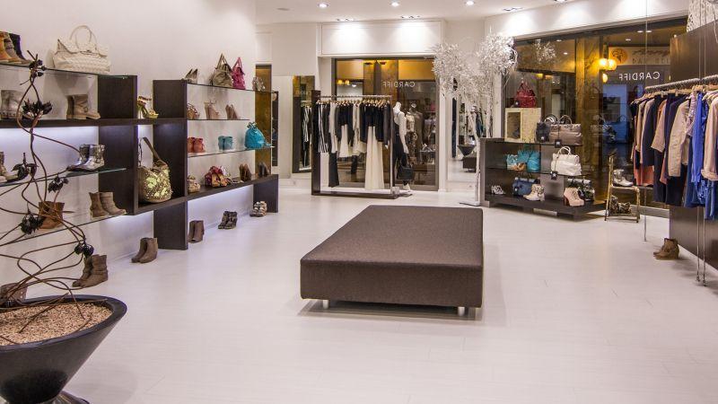 Cardiff Abbigliamento E Calzature