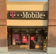 Exterior photo of T-Mobile Store at Jericho Tnpk & Calvert Ave 2, Commack, NY