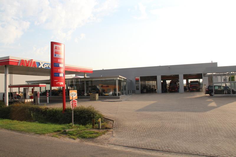 Garage janssen wanssum bv in wanssum stayerhofweg 4 a for Garage oostendorp