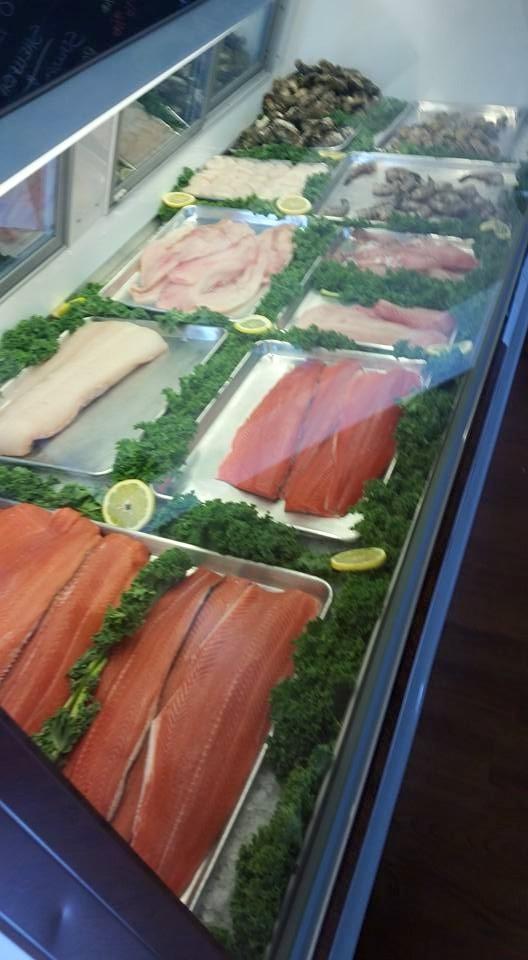 B b fish market in camas wa 98607 for Cama sandwich