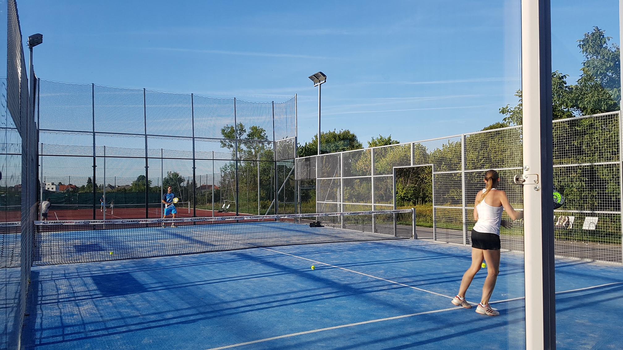 Kaufen Sie im Großhandel Tennisplätze Ausdrucken 2019 zum