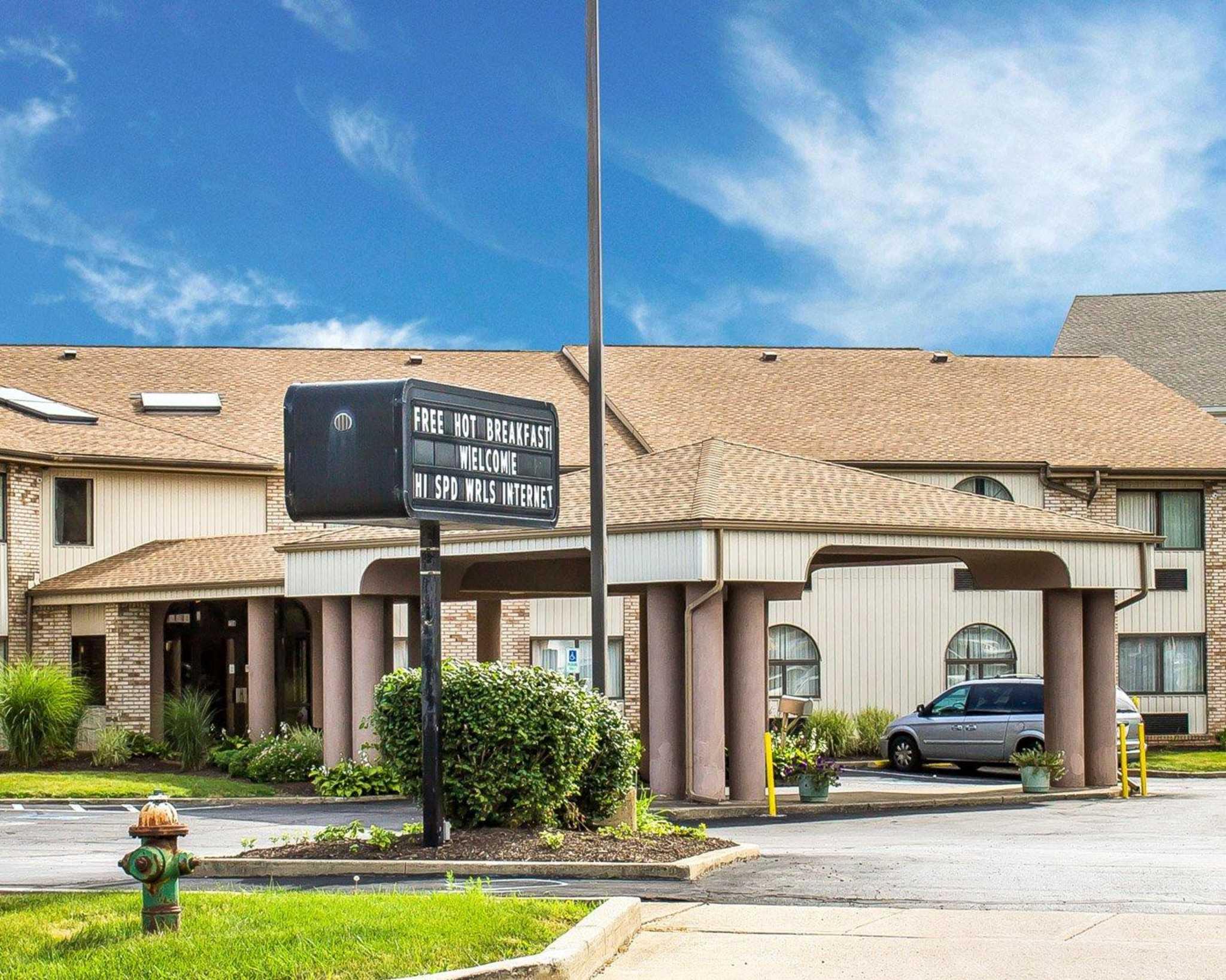 Hotels Near Elyria Ohio