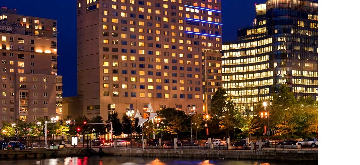 Renaissance Boston Waterfront Hotel In Boston Ma 617