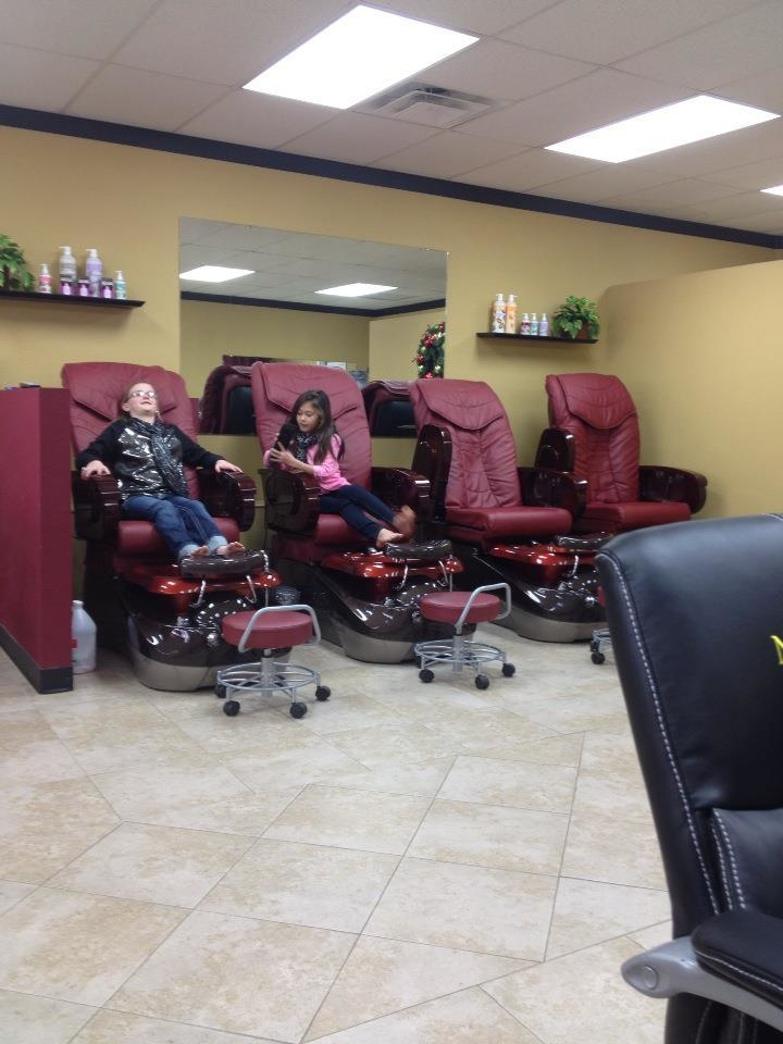 Shellac nails spa in lawton ok 73505 for 24 hour nail salon brooklyn ny