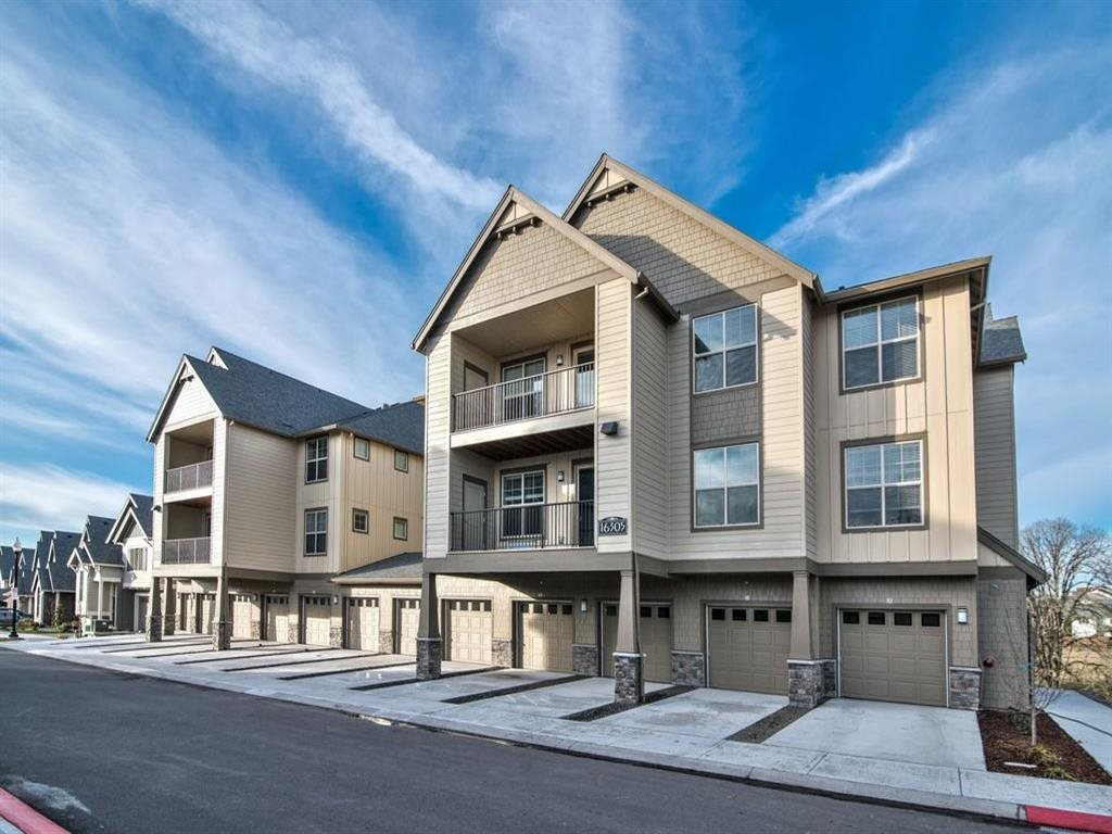Raleigh Hills Patio Apartments