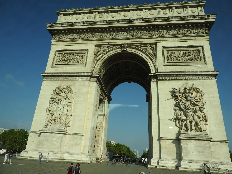 France! Arc de triomphe Pitmar Tours Surrey (604)596-9670