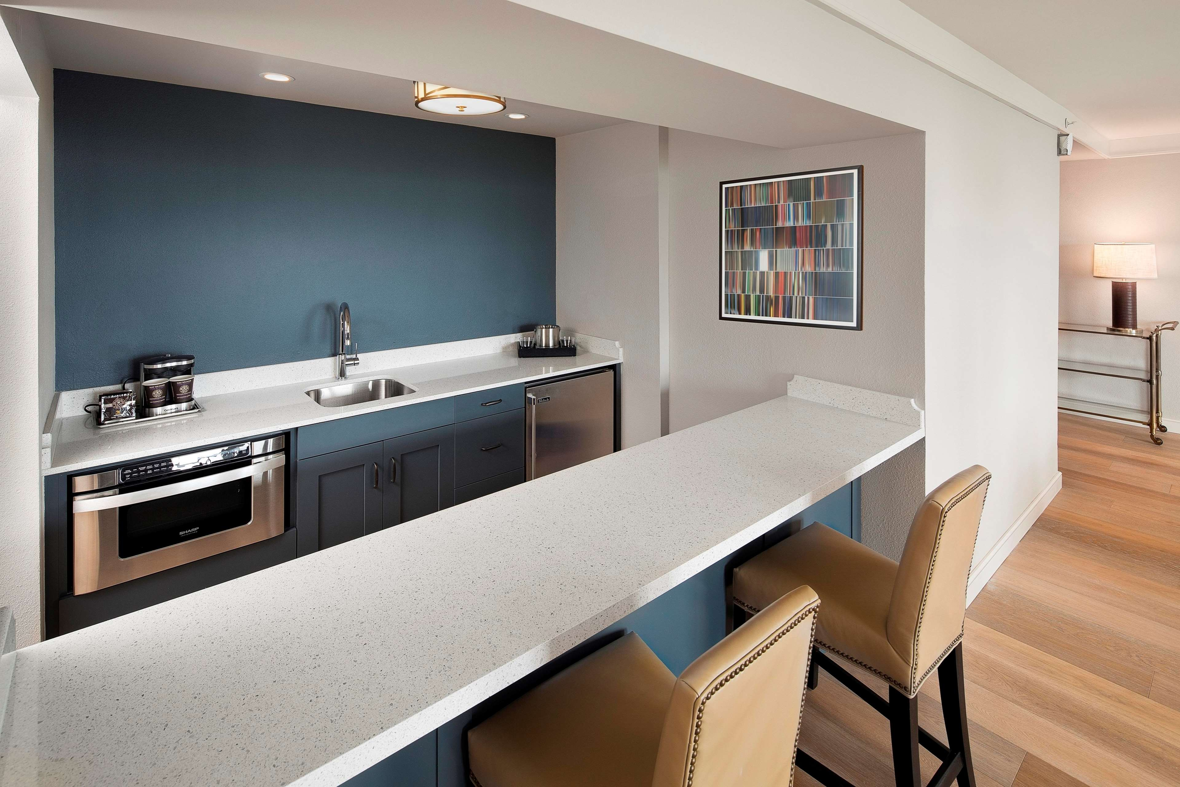 Hotels In Gainesville With Conference Rooms